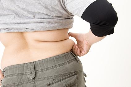 背中についた贅肉を即効で落とす7つの方法とは?