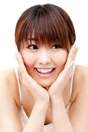 顔痩せ体操で即効効果!たった3日で細くなる方法とは?