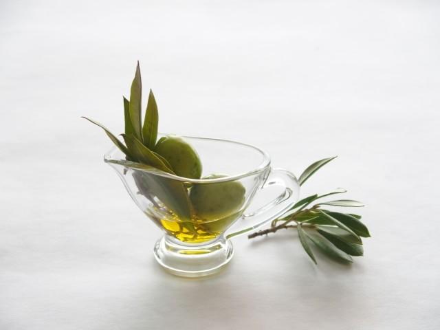 oliveoil04-min