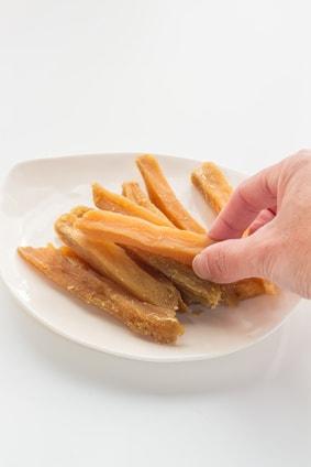 干し芋はダイエット中に間食に最適?【スッキリ効果アリ!】