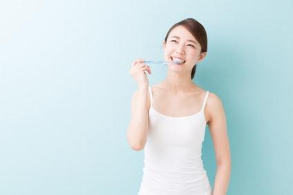 歯磨きでダイエット成功?【間食を減らす効果もある!】