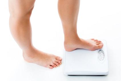 夏太りはダイエットで解消可能?【原因は代謝の低下かも】