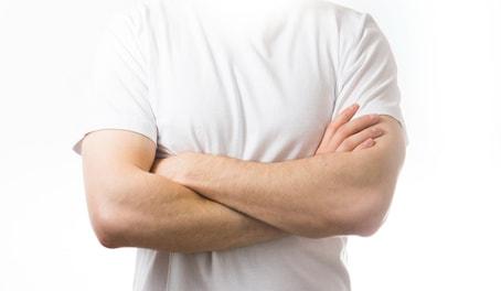 筋肉 シャツ