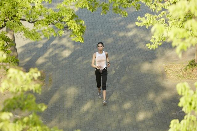 【2019年6月19日ダイエット.bizニュース】「年齢は関係ない!?体重を落とすために必要なのは「食事」と「運動」!!」他